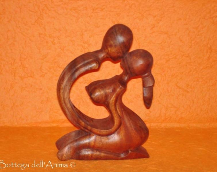 Statua bacio uomo/donna legno